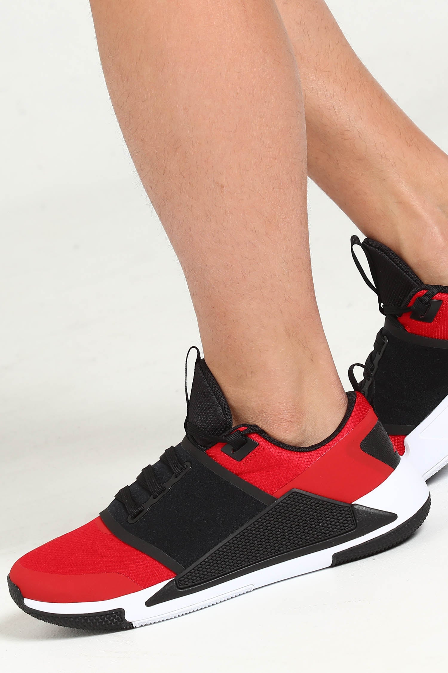 Jordan Delta Speed TR Red/Black/White
