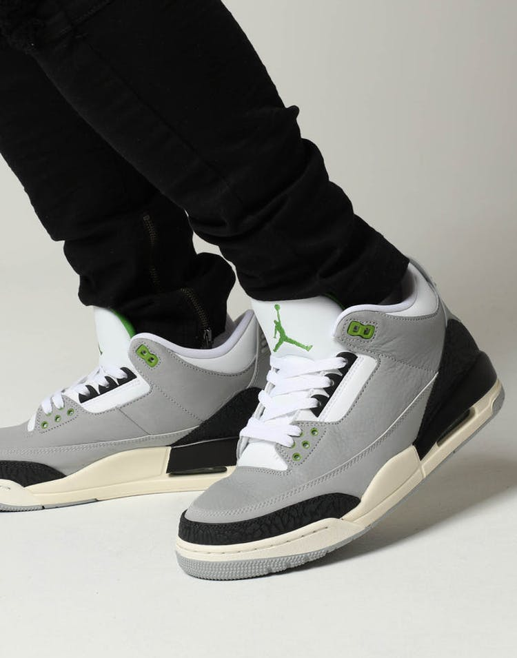 new arrival 89bbd 0f54f Air Jordan 3 Retro Grey Black – Culture Kings