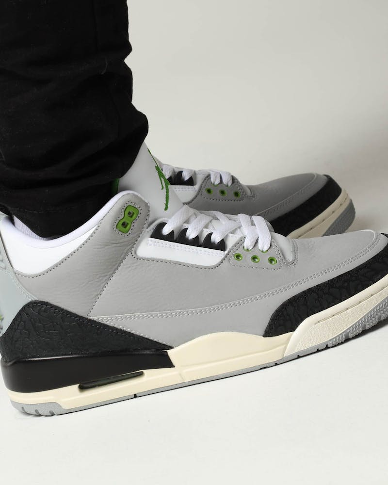 Air Jordan 3 Retro Grey/Black