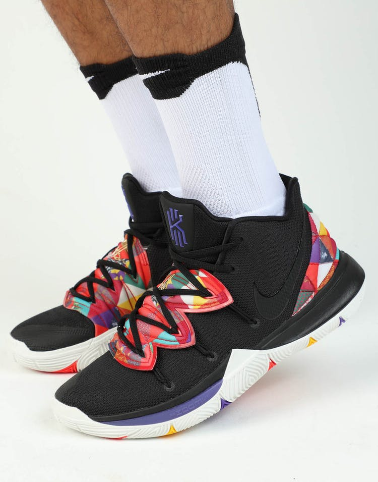 super popular a4f60 a4db5 Nike Kyrie 5 Black/Black/White
