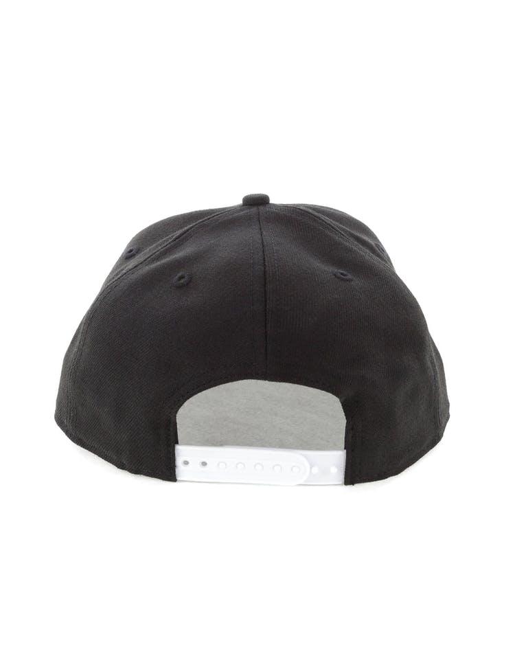 cheap for discount 969f1 20727 New Era New York Knicks 9FIFTY Original Fit Snapback Black White