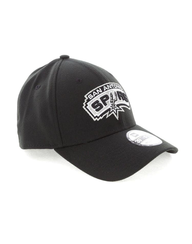 buy online 14c47 3d184 New Era San Antonio Spurs 3930 Stretch Fit Black