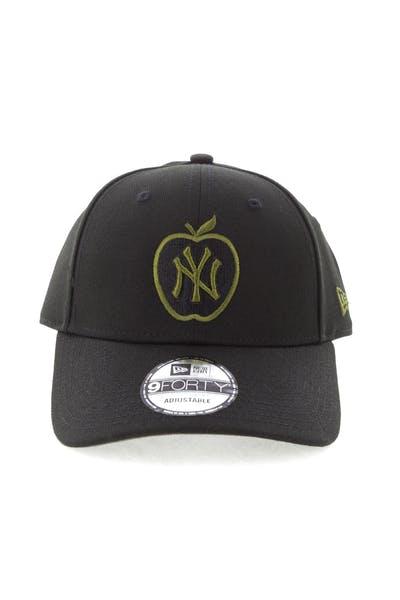 buy online 1d7c8 7e8e4 New Era New York Yankees 9FORTY Snapback Black Green