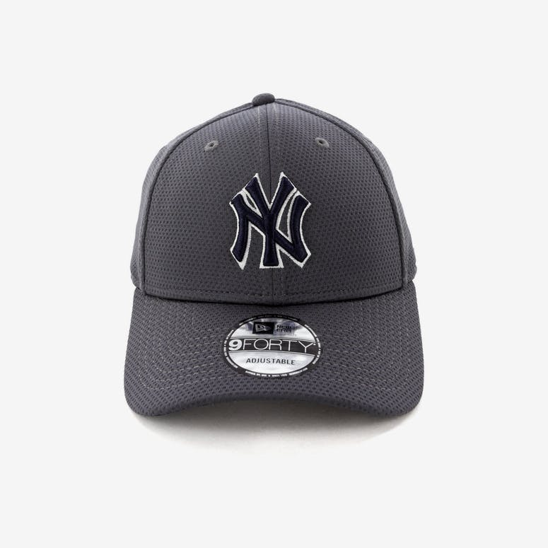 683e3ee5c2a New Era New York Yankees 9FORTY Snapback Graphite – Culture Kings