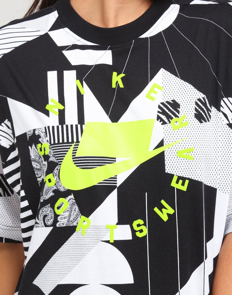 detailing a4d8d c6570 Nike Women s Nike Sportswear Tee White Black Cyber – Culture Kings