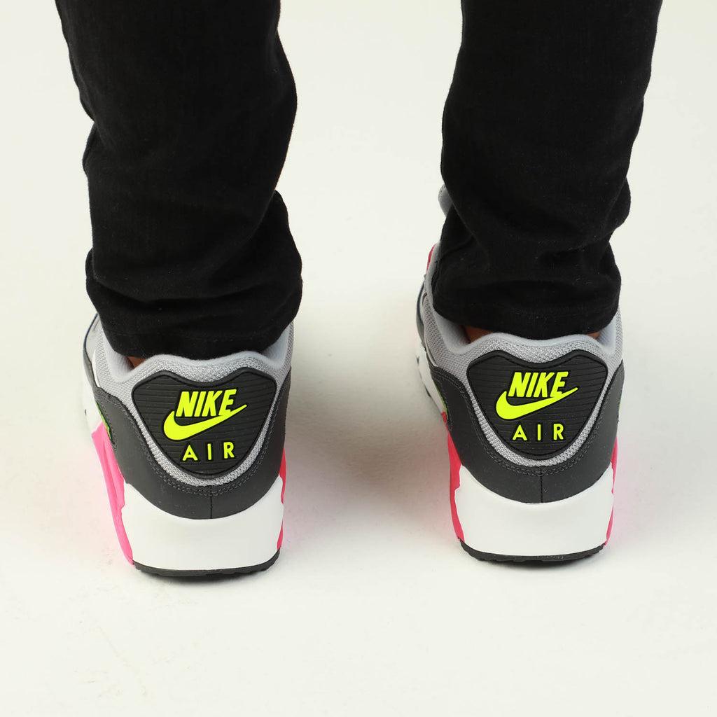Nike Air Max '90 Essential GreyPinkWhite