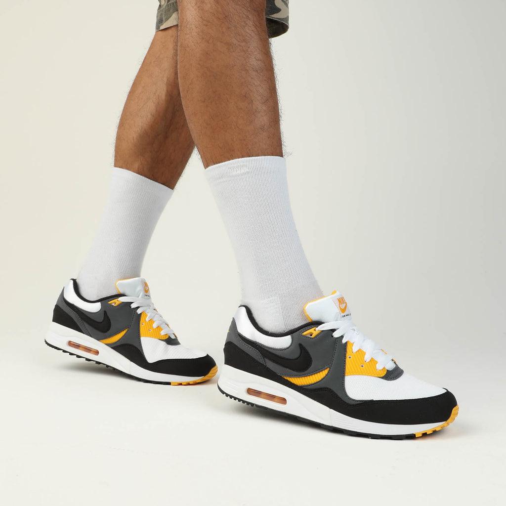 Nike Air Max Light WhiteBlackGold