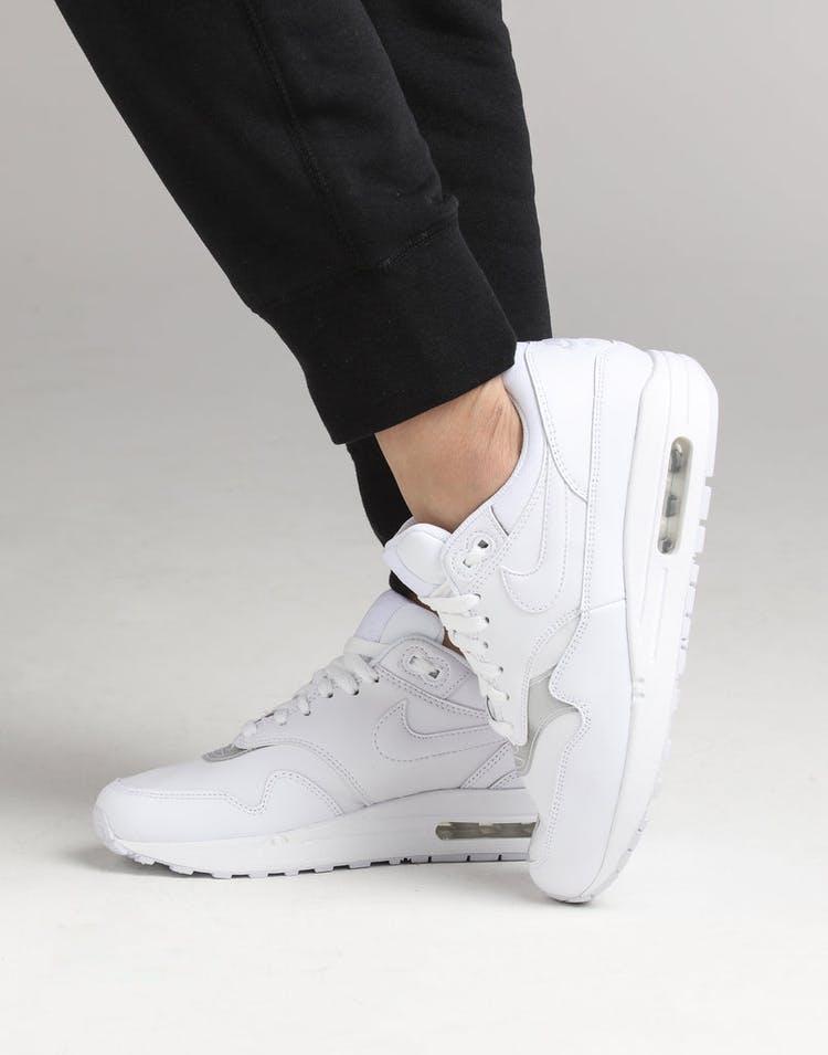 chaussures de sport 0af77 d393a Nike Women's Air Max 1 White/White/White