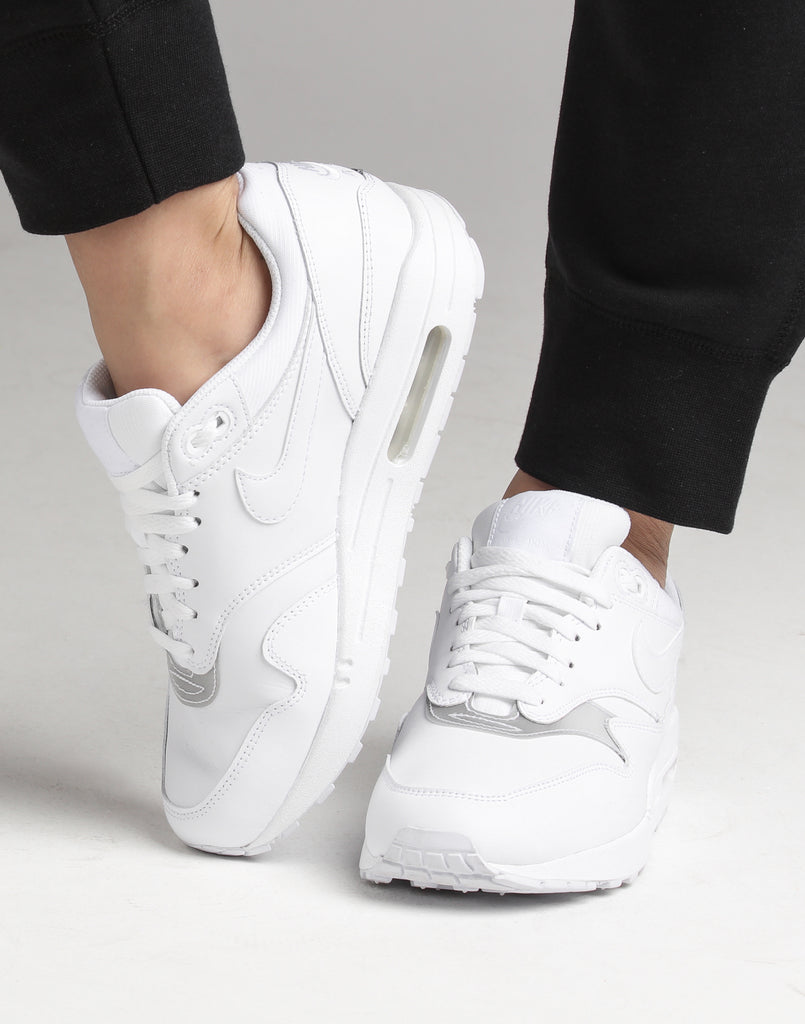 Nike Air Max 1 Wmns 319986 119
