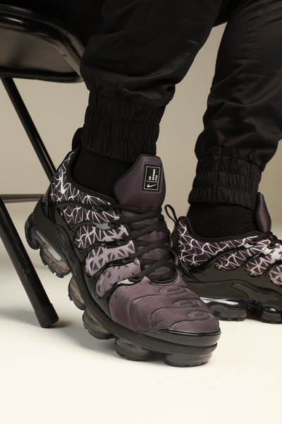 Nike Air Vapourmax Plus Black/White