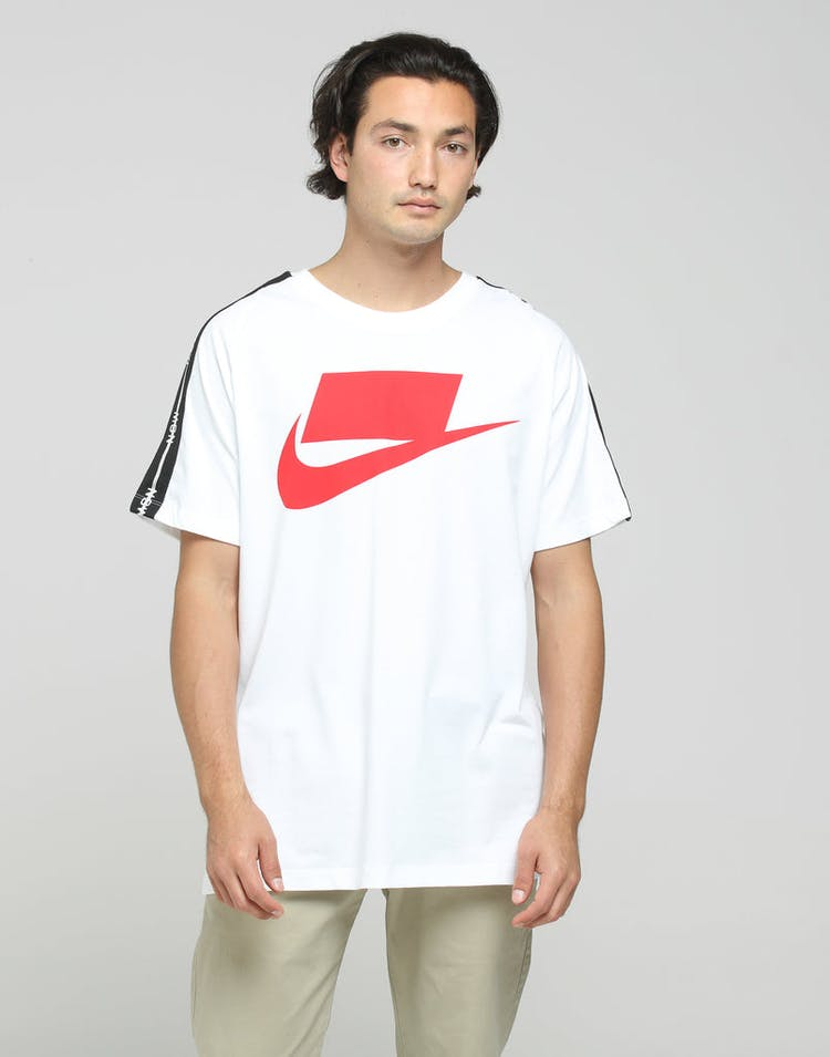 best cheap ac9fa cd57d Nike NSW 2 SS Tee White Red – Culture Kings