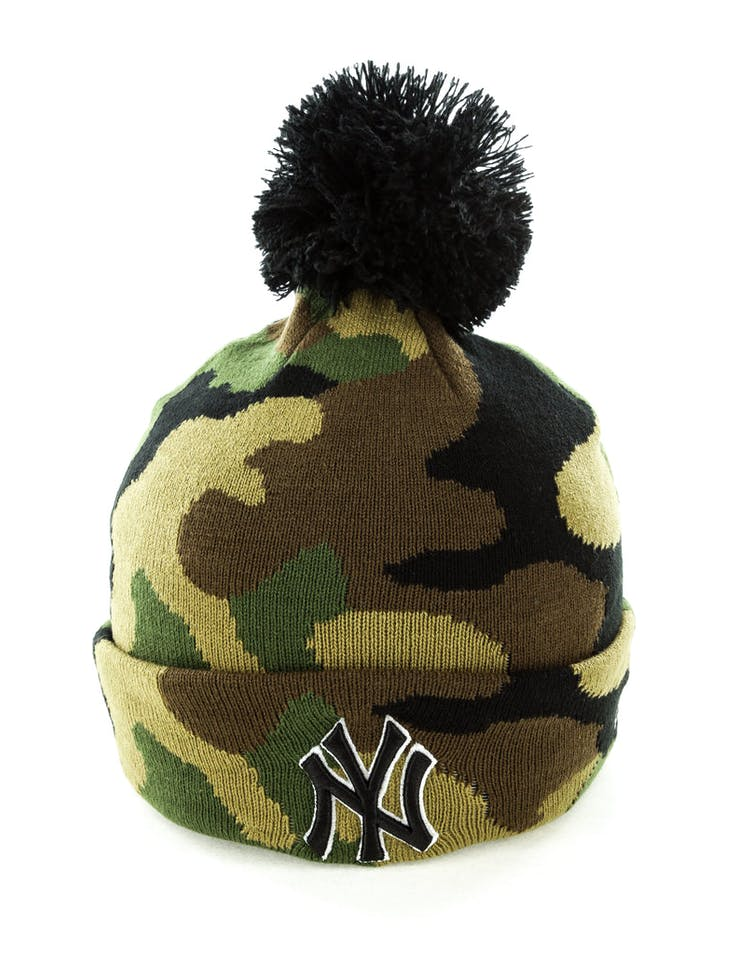 8a7218e122d New Era New York Yankees Pom Knit Beanie Camo – Culture Kings