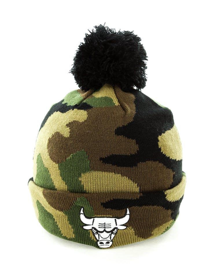 95495fe47 New Era Chicago Bulls Pom Knit Beanie Camo