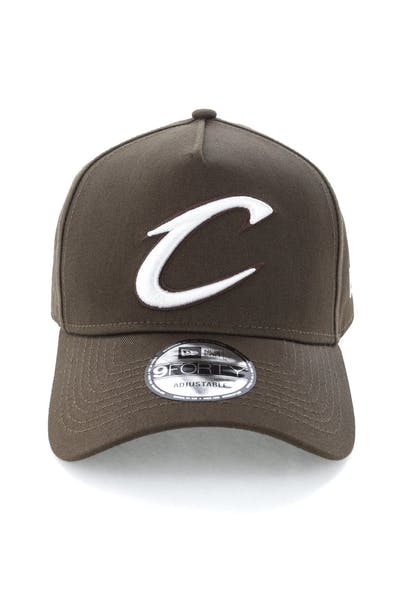 low priced 0546a 0490e New Era Cleveland Cavaliers 9FORTY A-Frame Snapback Chestnut ...