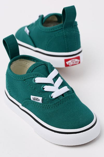 5bd3a0b67d959d Get Streetwise With Vans Shoes And Accessories