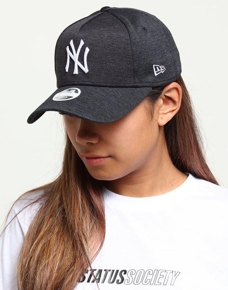 91b686ab New Era Women's New York Yankees CK 9FORTY A-Frame Tech Strapback Navy  Shadow