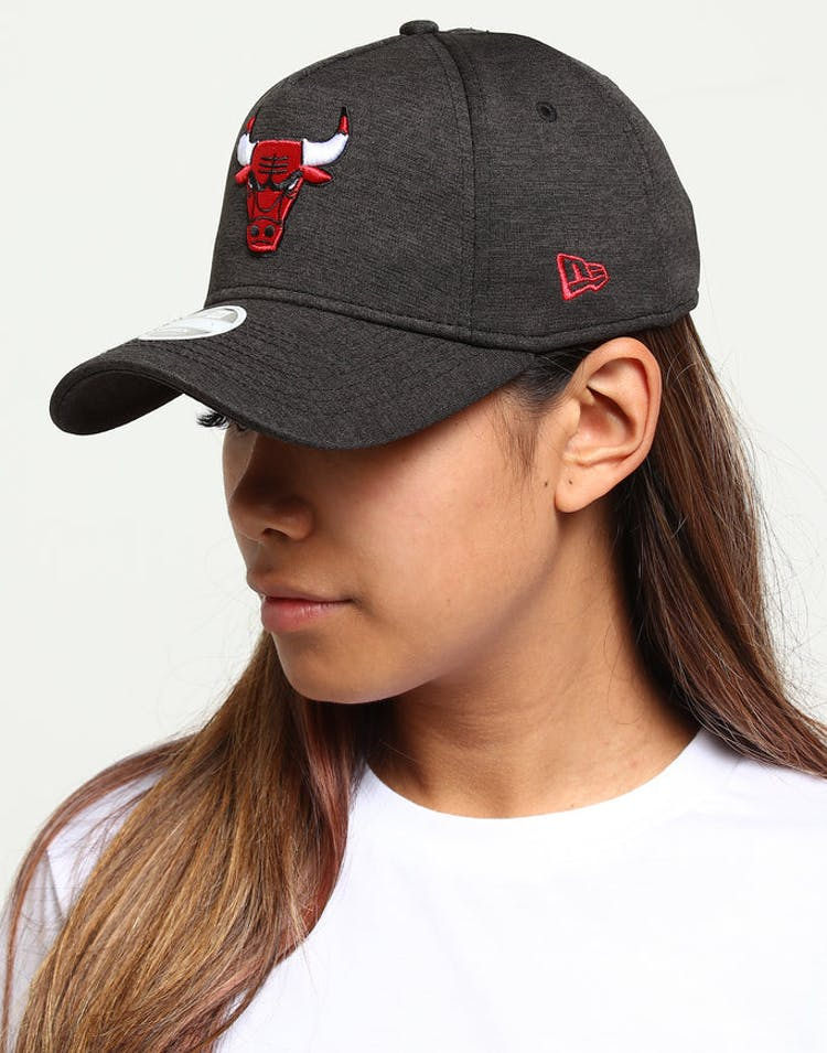 ed113a69c60ab9 New Era Women s Chicago Bulls CK 9FORTY A-Frame Tech Strapback Black S –  Culture Kings