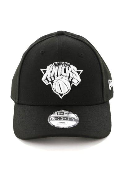 214343128f0 New Era Youth New York Knicks 9FORTY HookLP Black