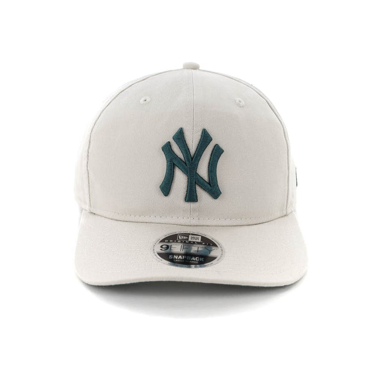 f3b9aeec47f7c New Era New York Yankees 9FIFTY Original Fit Precurved Snapback Stone