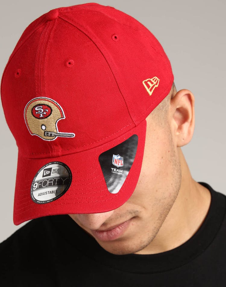huge discount 1ee29 e7e07 New Era San Francisco 49ers 9FORTY Cloth Strapback Helmet Scarlet
