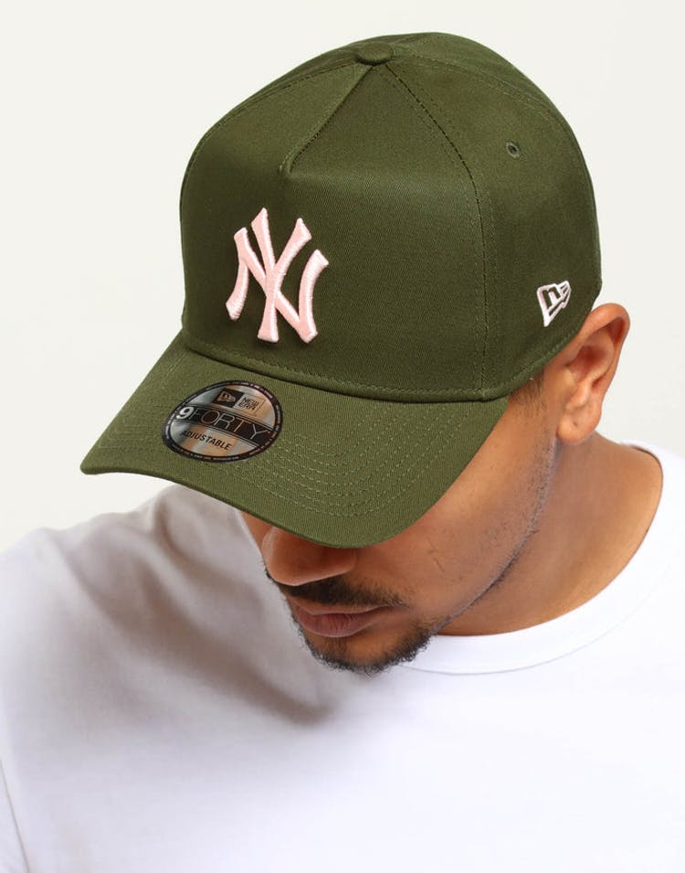 5df16c593b5 New Era New York Yankees 9FORTY A-Frame Snapback Rifle Green – Culture Kings