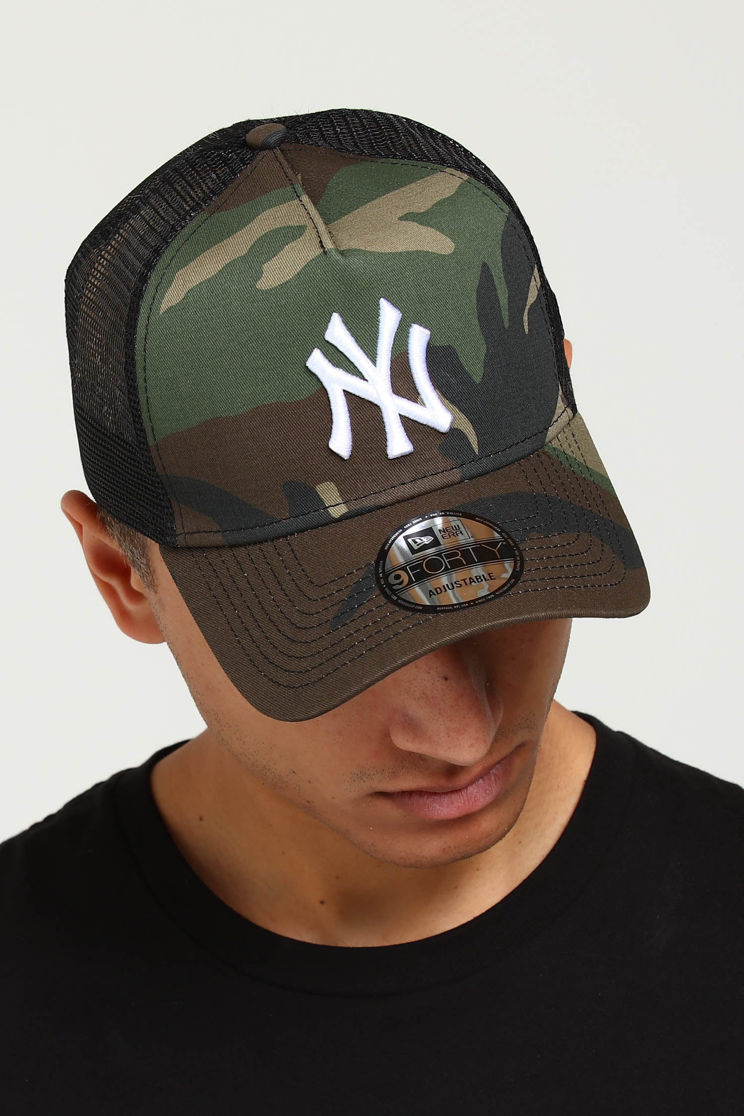 NEW ERA NEW YORK YANKEES CLEAN A FRAME CAMO TRUCKER
