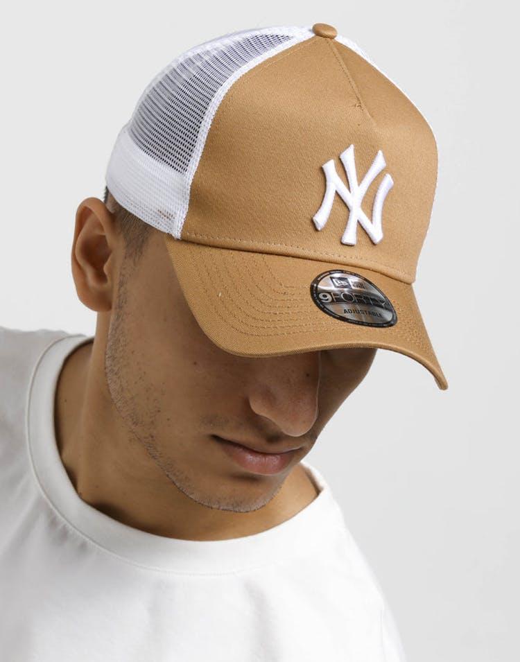 89e8795cf New Era New York Yankees 9FORTY A-Frame Trucker Snapback Wheat/White
