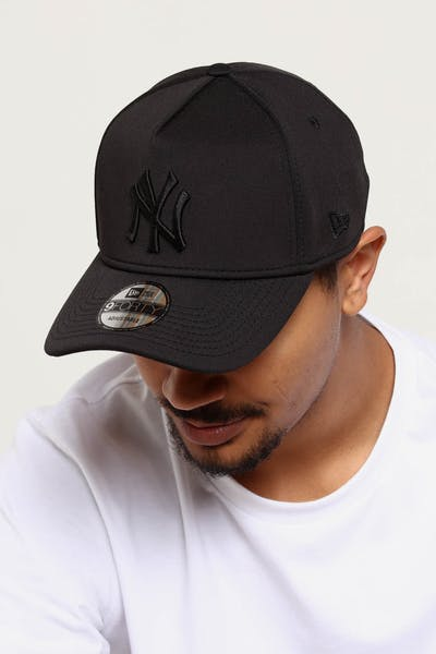 21fcf6be061 New Era New York Yankees 9FORTY A-Frame Neo Snapback Black