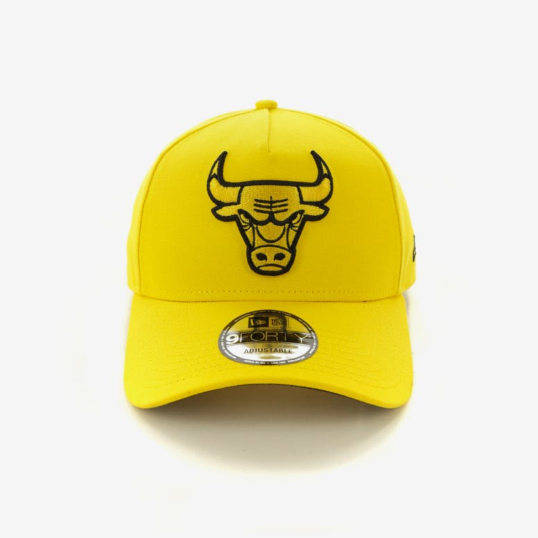 82e2733dbb4 New Era Chicago Bulls 9FORTY A-Frame Snapback Yellow Black – Culture Kings