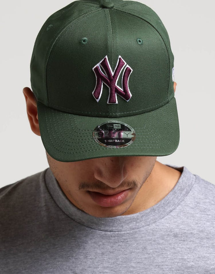 b3343a47c0f New Era New York Yankees 9FIFTY Original Fit Precurved Snapback Green  –  Culture Kings