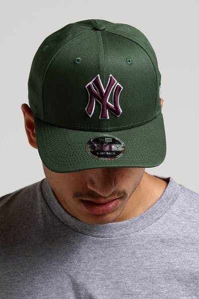 5fe11406be1 New Era New York Yankees 9FIFTY Original Fit Precurved Snapback  Green Burgundy