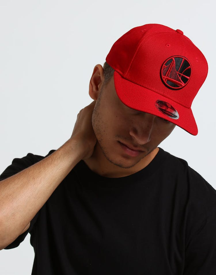 outlet store b86ec 7319b New Era Golden State Warriors 9FIFTY Original Fit Precurved Snapback Scarlet  Black