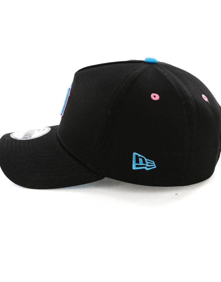 New Era Detroit Tigers 9FORTY A-Frame Snapback Black/Pink Neon