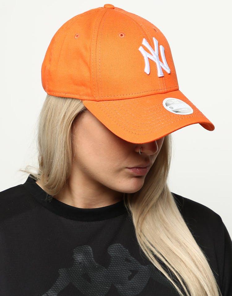 728df2ca54c New Era Women s New York Yankees 9FORTY Cloth Buckle Strapback Orange –  Culture Kings