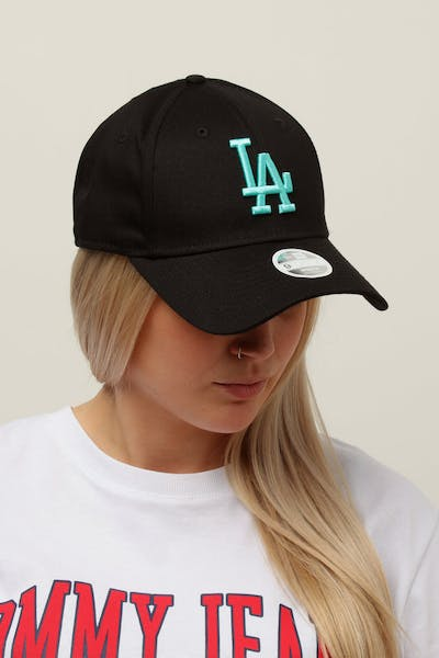 2c2eaf9606d New Era Women s Los Angeles Dodgers 9FORTY Cloth Buckle Strapback Black