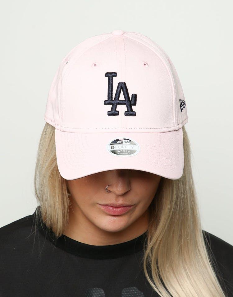 new styles 4e3e7 c3848 New Era Women s Los Angeles Dodgers 9FORTY Cloth Buckle Strapback Blossom