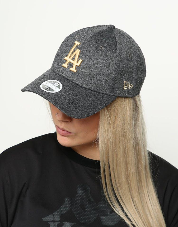 buy online fda19 572bc New Era Women s Los Angeles Dodgers 9FORTY Cloth Buckle Strapback Black Gold
