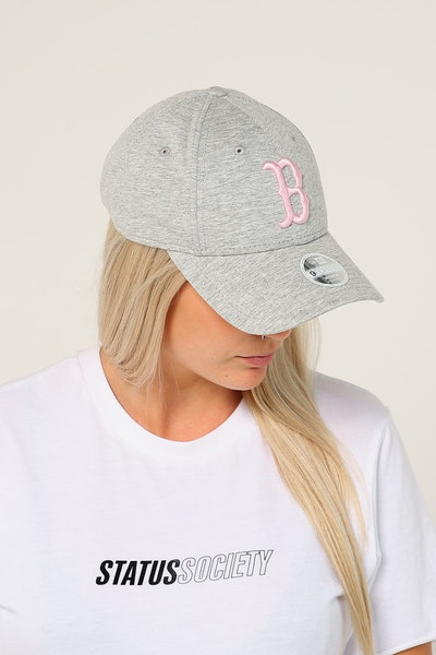 New Era Women's Boston Red Sox 9FORTY CL Strapback Heather Grey