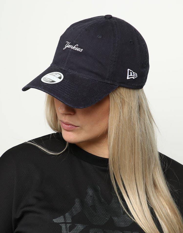 low priced 3f992 da1e3 New Era Women s New York Yankees 9TWENTY Cloth Buckle Strapback Navy