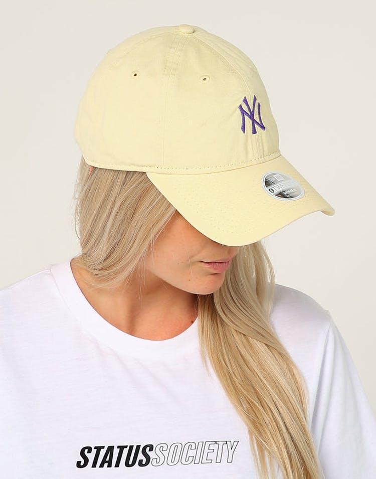 5c694cb33559e New Era Women s New York Yankees 9TWENTY Cloth Strapback Yellow Purple –  Culture Kings