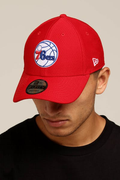 New Era Philadelphia 76ers 9FORTY Hook N Loop Scarlet