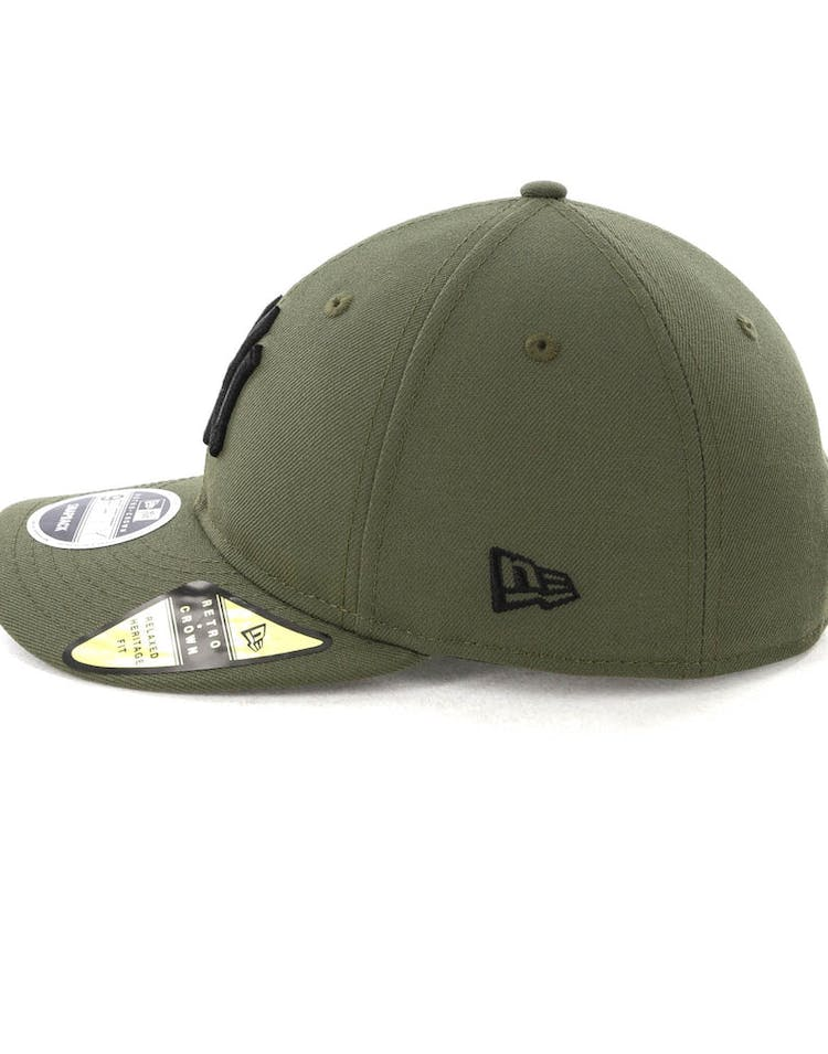 new style f2a24 e8ceb New Era Yankees 9FIFTY Retro Crown Snapback Olive