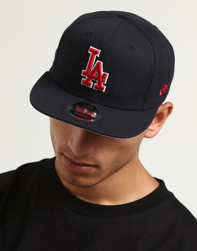 sale retailer 662ca 4f947 New Era Los Angeles Dodgers 9FIFTY Original Fit Snapback Navy Red – Culture  Kings