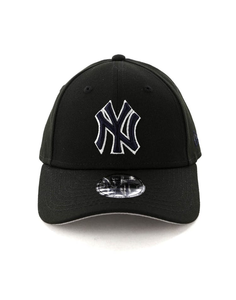 huge selection of e69db 26df3 New Era Kids New York Yankees 9FORTY Strapback Black – Culture Kings