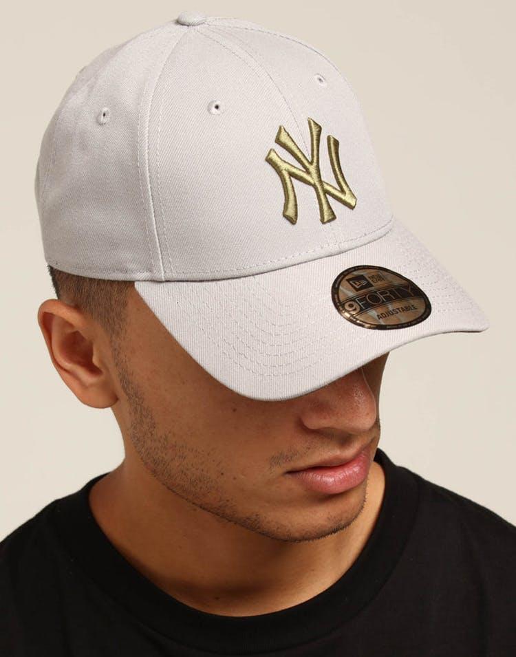 bbc716ef78021f New Era New York Yankees 9FORTY Snapback Grey/Olive – Culture Kings
