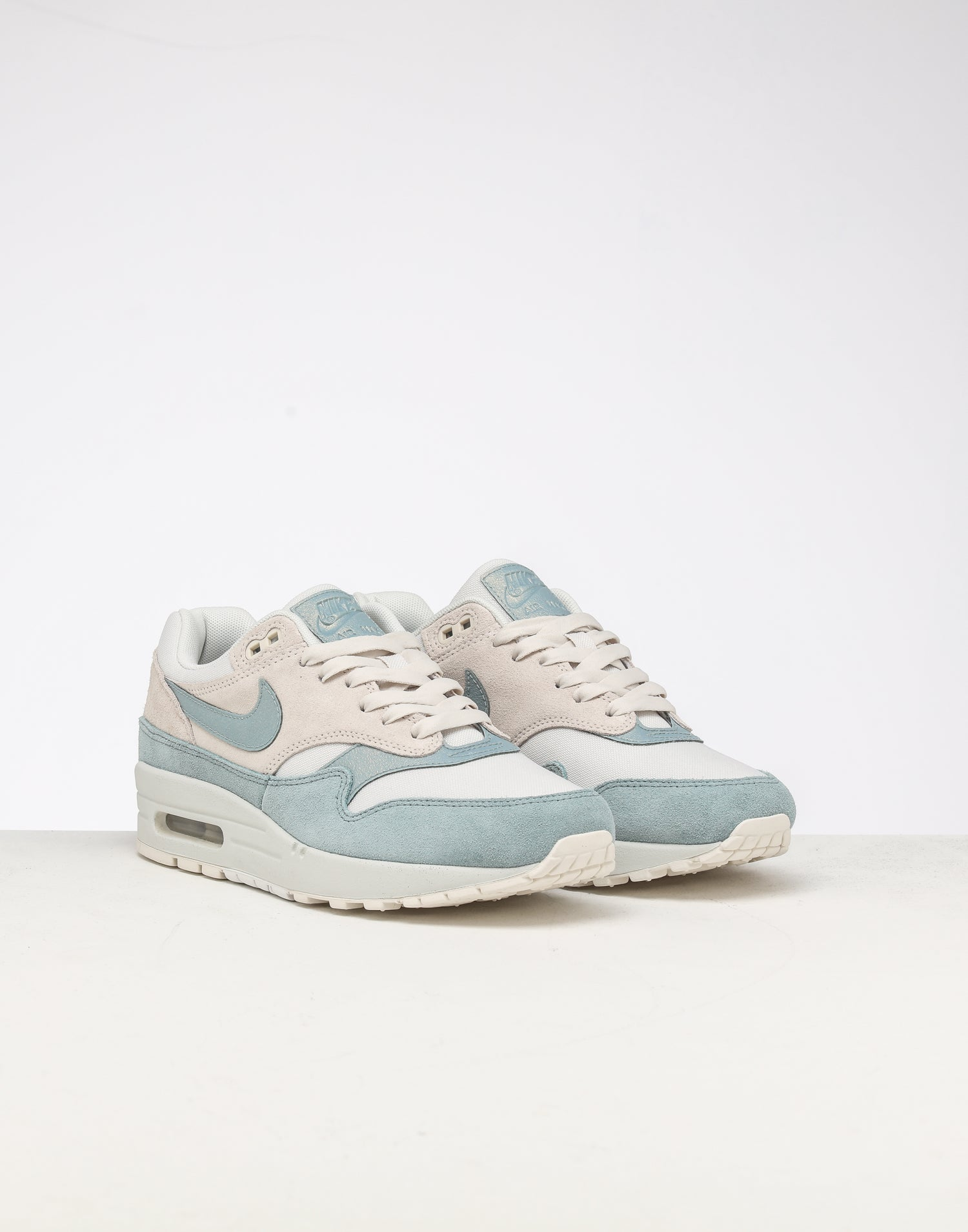 nike air max 1 se size 10