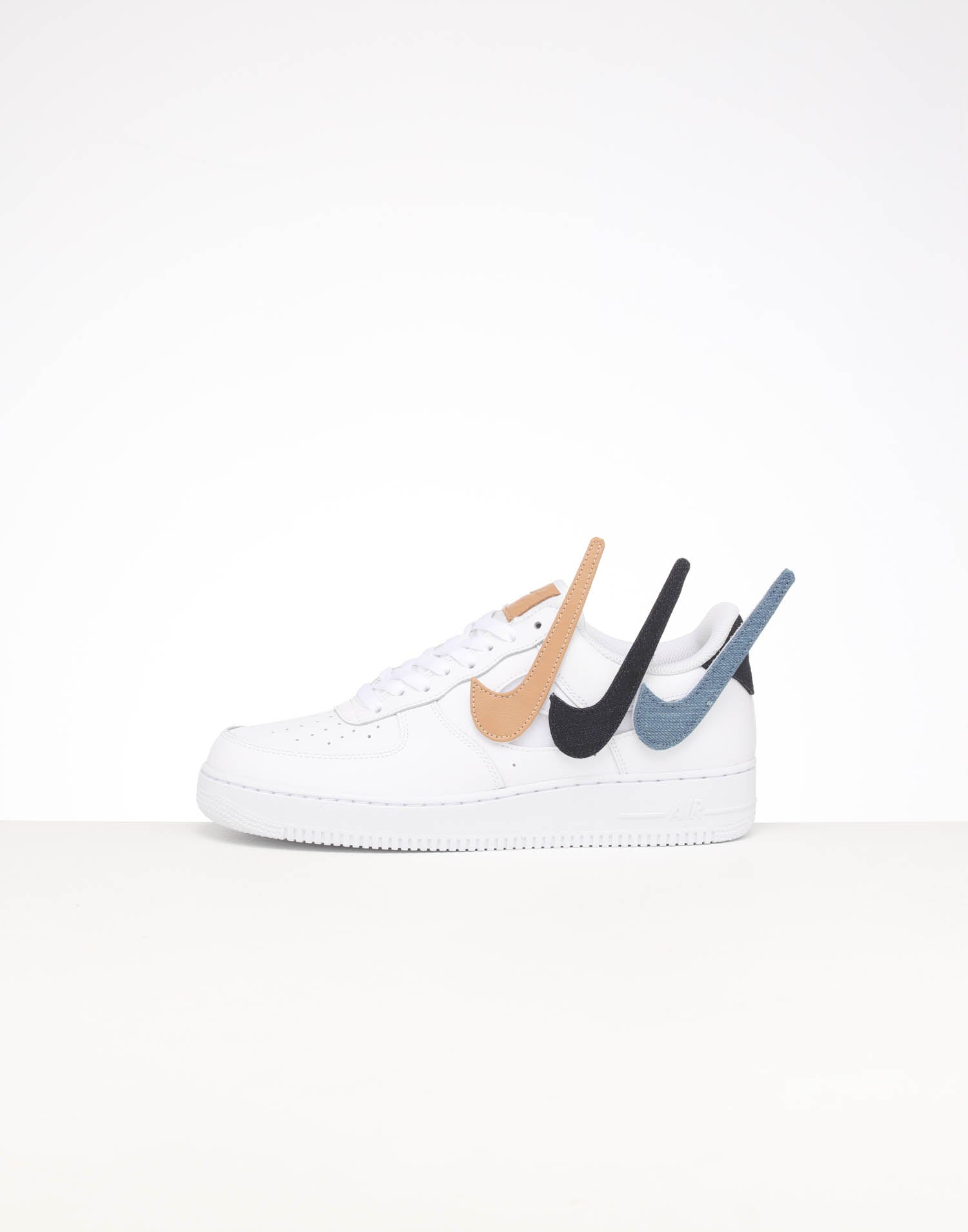 Nike Air Force 1 07 LV8 3 Reflective Camo White