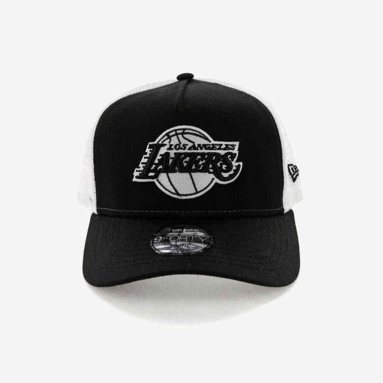 f7b5064ef96 New Era Youth Los Angeles Lakers 9FORTY A-Frame Trucker Snapback Black –  Culture Kings