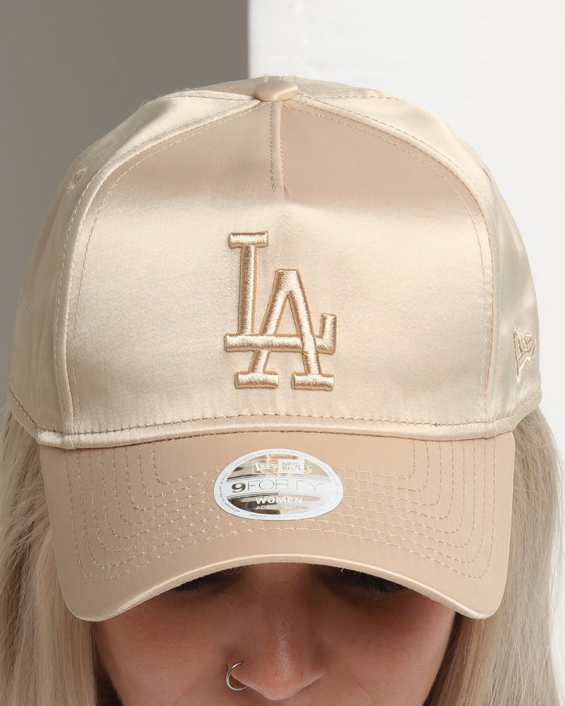 New Era Women's Los Angeles Dodgers 9FORTY A-Frame LP Strapback Khaki Satin