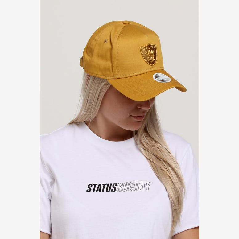 New Era Women s Raiders 9FORTY A-Frame Strapback Gold – Culture Kings 34168d61493f